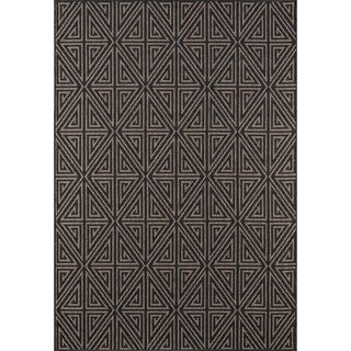 Indoor/ Outdoor Charcoal Diamonds Rug (8'6 x 13')