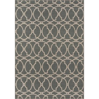 Indoor/ Outdoor Grey Tile Rug (7'10 x 10'10)