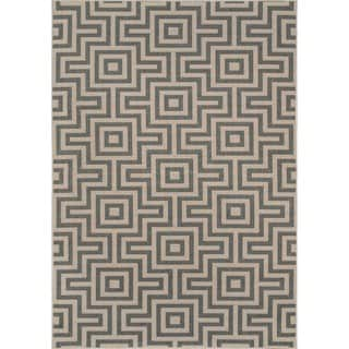 Indoor/ Outdoor Grey Retro Rug (7'10 x 10'10)