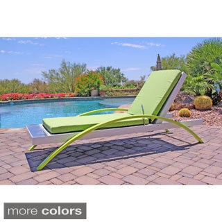 Pure Solar Powered Lounge Chair with Refreshing Cooling Mist