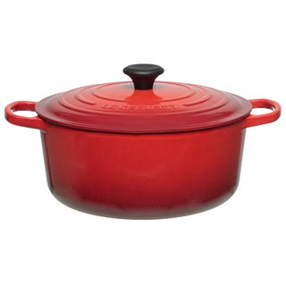 Le Creuset Cherry 7 1/4-quart Signature Round French Oven Lidded Pot