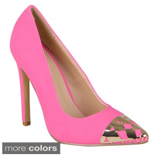 Journee Collection Women's 'Frisby-1' Pointed Toe Metal Detail Pumps