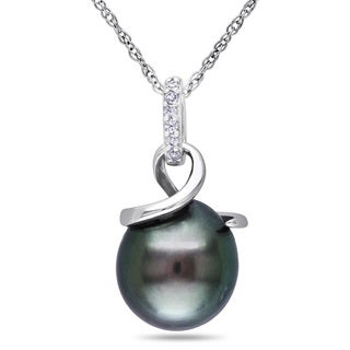 Miadora 10k White Gold Tahitian Pearl and Diamond Accent Necklace (8-8.5 mm)