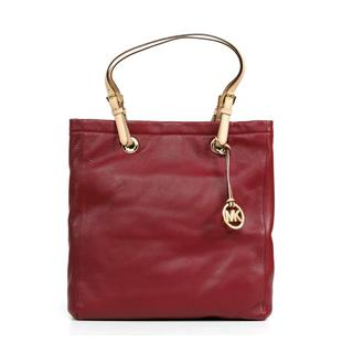 Michael Kors Jet Set N/S Tote in Bordeaux
