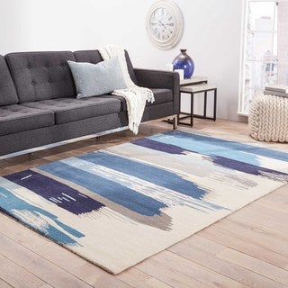 Hand Tufted Floral Pattern Blue/ White Wool Area Rug (5' x 8')