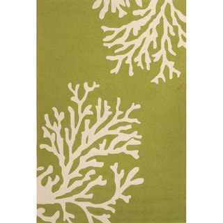 Abstract Pattern Green/ White Polypropylene Area Rug (5' x 7'6)