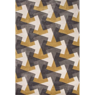 Hand Tufted Geometric Pattern Gold/ Grey Polyester Area Rug (7'6 x 9'6)