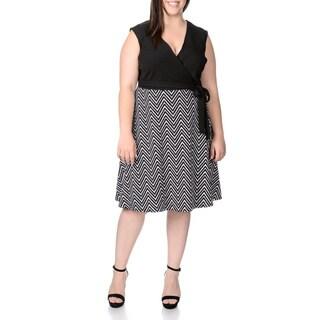 Sandra Darren Women's Plus Size Chevron Printed Dress