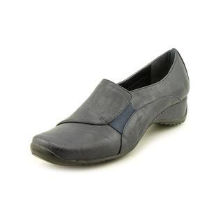 Easy Street Women's 'Deka' Man-Made Casual Shoes - Narrow
