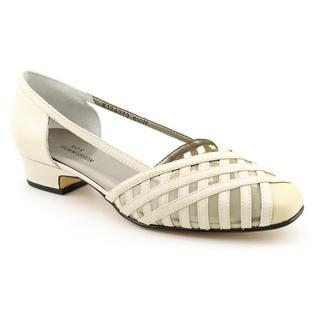 Ros Hommerson Women's 'Savannah' Leather Dress Shoes - Wide