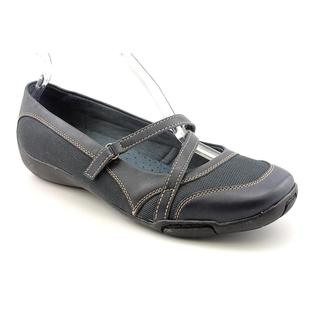 Auditions Women's 'Crescent' Leather Casual Shoes - Extra Wide