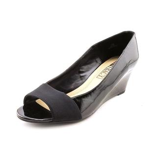 Ellen Tracy Women's 'Irie' Patent Dress Shoes (Size 8 )