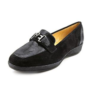 Amalfi By Rangoni Women's 'Pepe' Regular Suede Dress Shoes