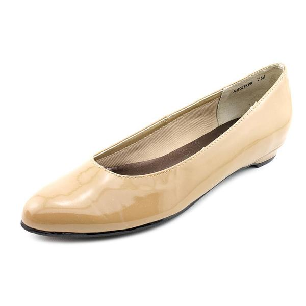 Walking Cradles Women's 'Butter 2' Patent Leather Casual Shoes (Size 7 )