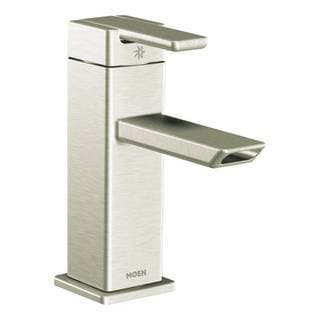 Moen 90-degree Chrome One-handle Low Arc Bathroom Faucet
