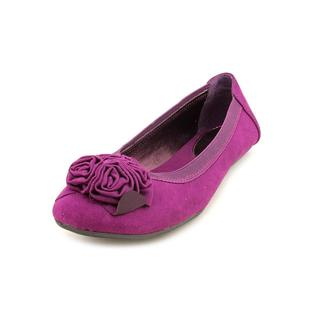 Kenneth Cole Reaction Women's 'Soft Petal' Basic Textile Casual Shoes (Size 6 )
