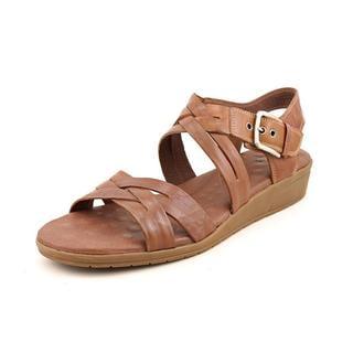Walking Cradles Women's 'Vani' Leather Sandals