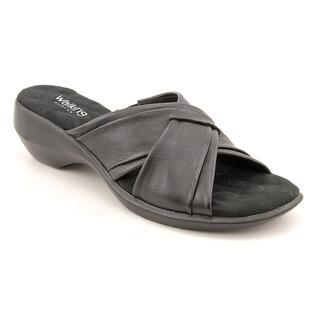 Walking Cradles Women's 'Lansing' Leather Sandals - Narrow