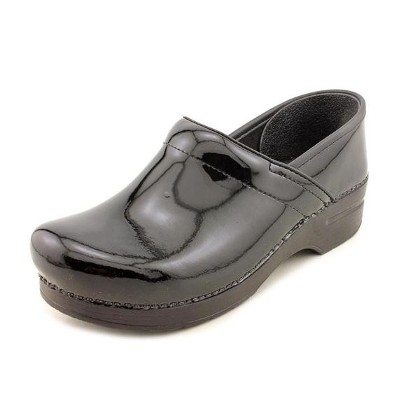 Dansko Women's 'Professional' Patent Leather Casual Shoes (Size 10.5 )