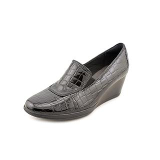 Clarks Women's 'Portrait Dec' Patent Dress Shoes