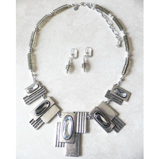 Palmtree Gems 'Smoke and Mirrors' Necklace and Earring Set