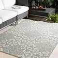 Meticulously Woven Olivia Contemporary Geometric Indoor/Outdoor Area Rug (7'3 Round)