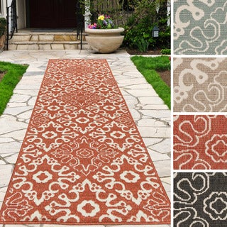 Meticulously Woven Olivia Contemporary Geometric Indoor/Outdoor Area Rug (2'3 x 11'9)