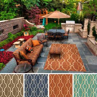 Hand-hooked Maya Contemporary Geometric Indoor/Outdoor Area Rug (5' x 8')