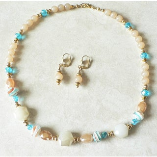 Palmtree Gems 'Safari' Necklace and Earrings Set