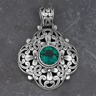 Sterling Silver Green Quartz 'Floral Cawi' Pendant (Indonesia)