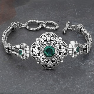 Sterling Silver Green Quartz 'Floral Cawi' Toggle Bracelet (Indonesia)
