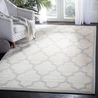 Safavieh Indoor/ Outdoor Amherst Beige/ Light Grey Rug (5' x 8')