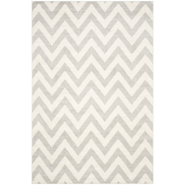 Safavieh Indoor/ Outdoor Amherst Light Grey/ Beige Rug (4x6)