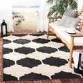 Safavieh Indoor/ Outdoor Courtyard Beige/ Black Rug (4' x 5'7)