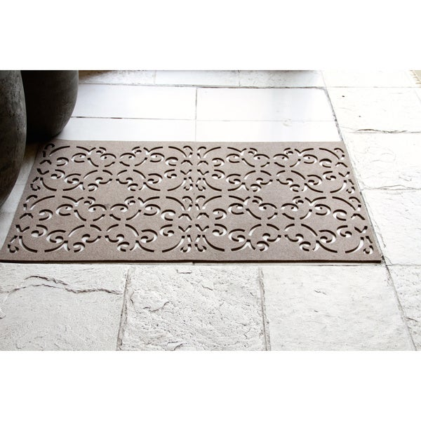 ARTAJUL Handmade Eco-friendly Cut-out Taupe Wool Felt Runner Rug (2'3 x 3')