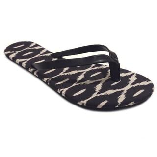 Olivia Miller Women's Black Ikat Printed Flat Sandals