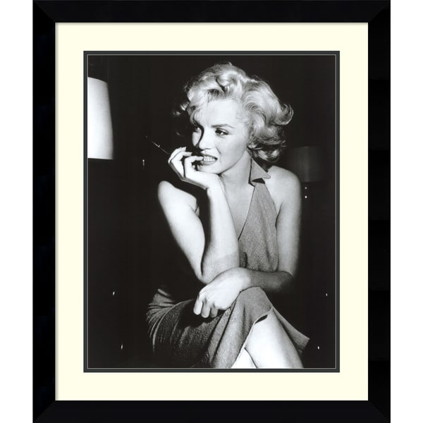 'Marilyn Monroe, Hollywood 1952' Framed Art Print 26 x 30-inch