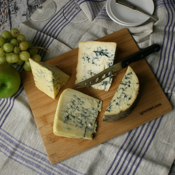 Battle of the Blues Cheese Board Gift Set