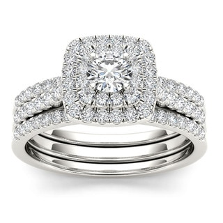 De Couer 10k White Gold 1ct TDW Diamond Cushion Shape Double Halo Trilogy Engagement Ring Set (H-I,I2)
