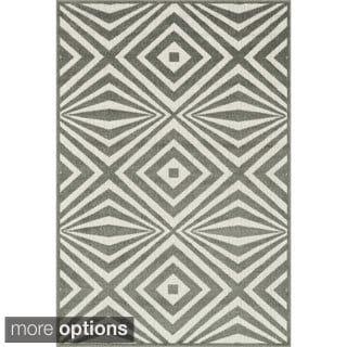 Indoor/ Outdoor Palm Diamond Rug (3'11 x 5'10)