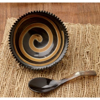 Natural Horn Swirl Bowl with Horn Spoon