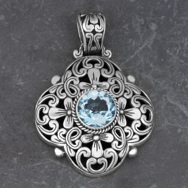 Sterling Silver Blue Topaz 'Floral Cawi' Pendant (Indonesia)