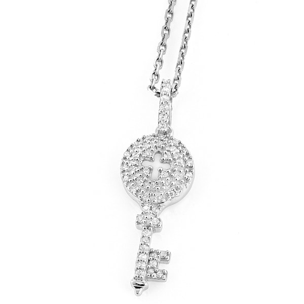 Luxurman 14k White Gold 1/5ct TDW Diamond Key Pendant (H-I, SI1-SI2)