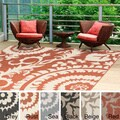 Meticulously Woven Nina Contemporary Floral Indoor/ Outdoor Area Rug (8'9 Square)