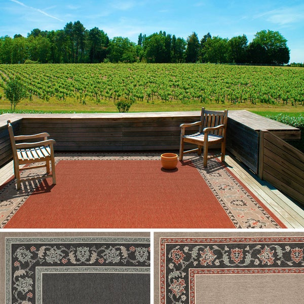 Meticulously Woven Jemma Bordered Floral Indoor/ Outdoor Area Rug (7'3 Square)