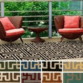 Hand-Hooked Gwyneth Contemporary Geometric Indoor/ Outdoor Area Rug (2'6 x 8')