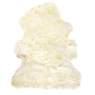 Natural by Lifestyle Brands New Zealand Sheepskin Curly Natural Rug (2'x3')