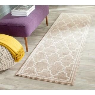 Safavieh Indoor/ Outdoor Amherst Wheat/ Beige Rug (2'3 x 9')