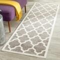 Safavieh Indoor/ Outdoor Amherst Dark Grey/ Beige Rug (2'3 x 11')