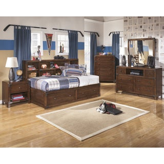 Delburne Medium Brown Storage Bed Set